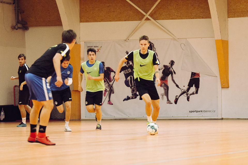 """""""Jun."""" – Rozhovor nám poskytl také velký futsalový talent a zástupce kapitána U19 – JAKUB DANĚK !!!"""