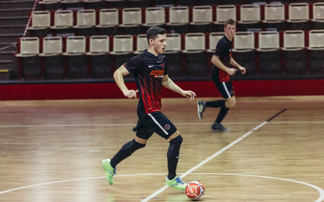 """""""Rozhovor"""" – Futsal a parta mi chybí strašně moc, všichni se těšíme, až se to celé opět rozjede, hlásá mládežnický reprezentant ADAM KNOBLOCH !!!"""